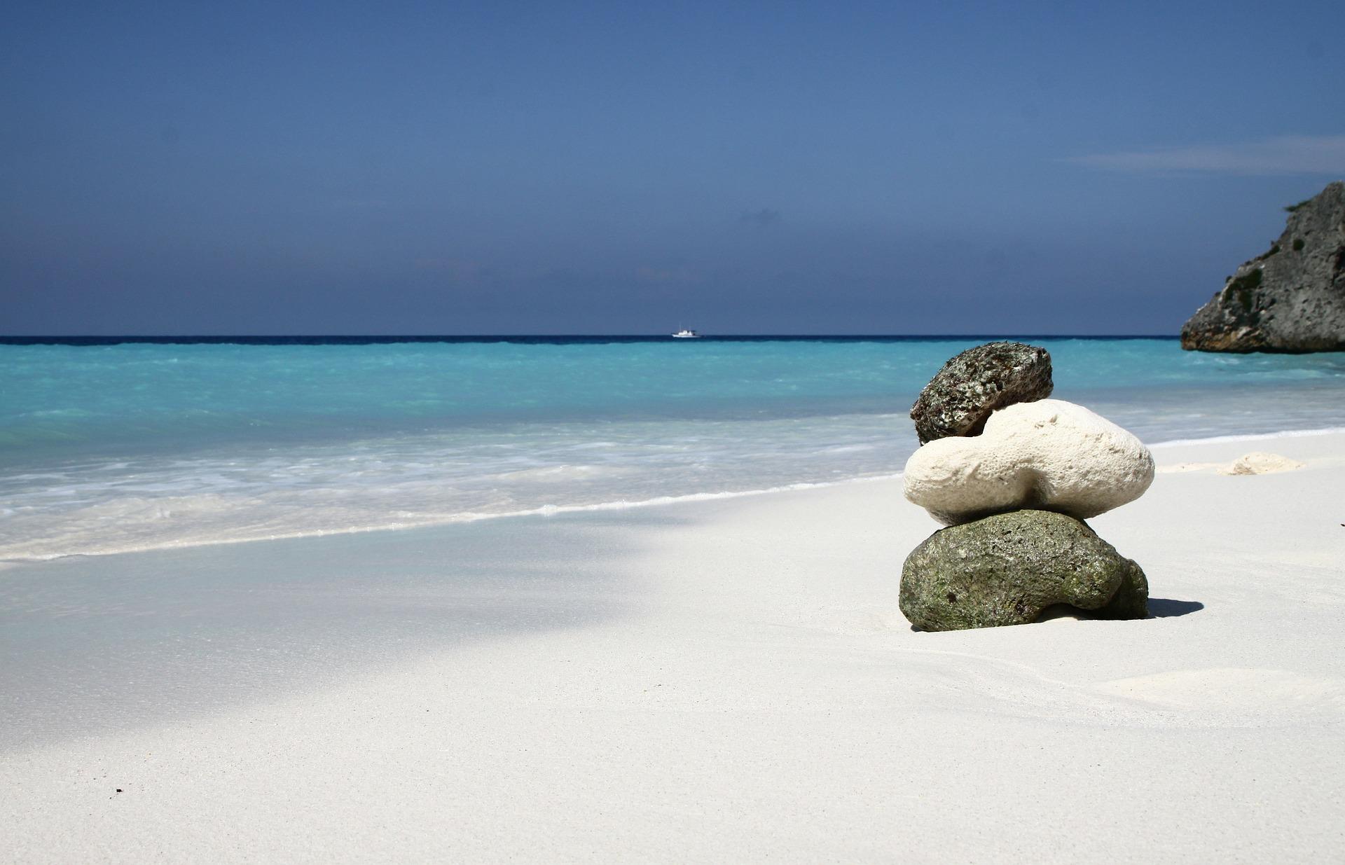 Steine am Strand.